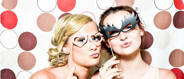 2 Mädels mit Fotobooth